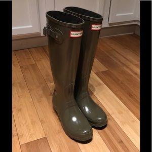 Glossy Dark Olive HUNTER Rain Boots